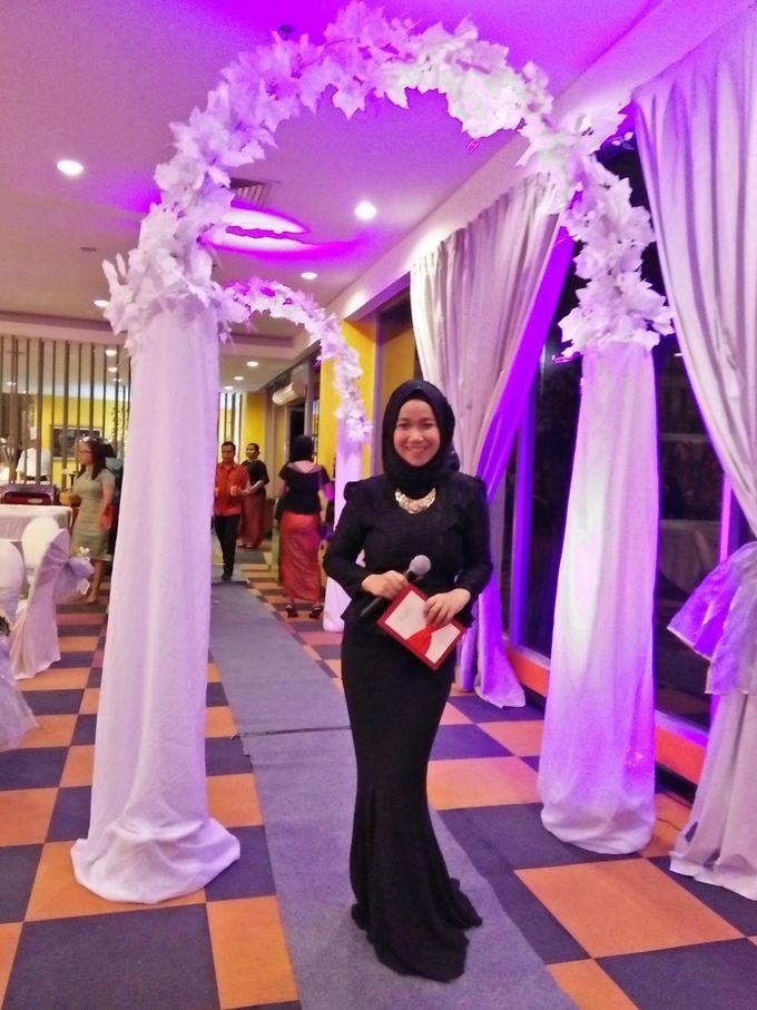Wedding resepsi by mc balikpapan bridestory add to board wedding resepsi by mc balikpapan 004 junglespirit Gallery