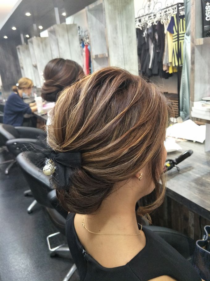 Hairstyling By Lili by Lili Makeup Specialist - 023