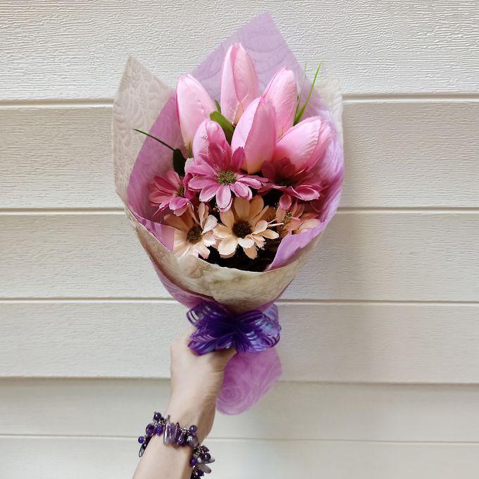 Artificial Hand Bouquet by raia_fleurs - 002