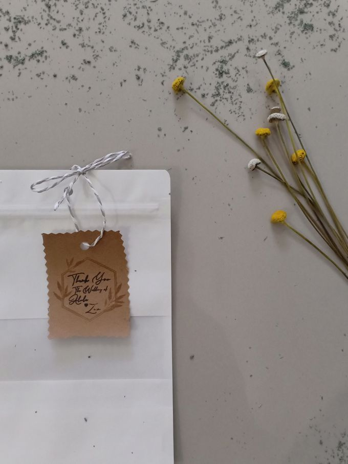Simple Packaging by Yoursouvenirsocks - 018