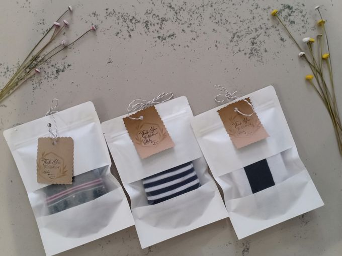 Simple Packaging by Yoursouvenirsocks - 012