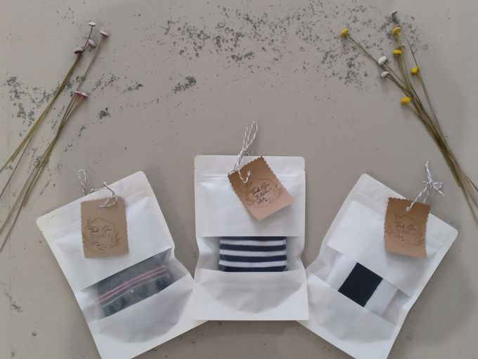 Simple Packaging by Yoursouvenirsocks - 016