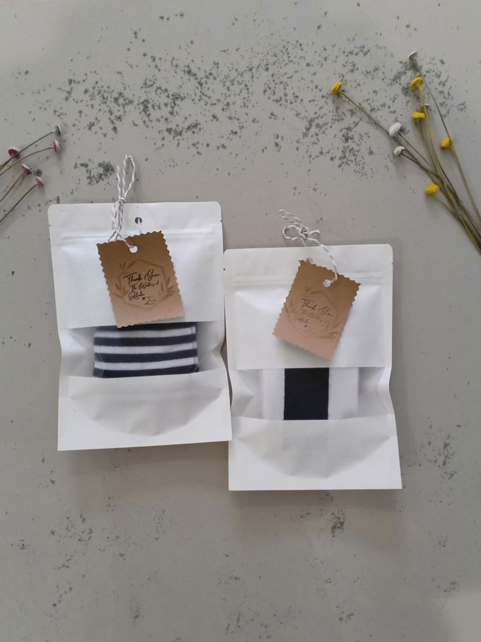 Simple Packaging by Yoursouvenirsocks - 017