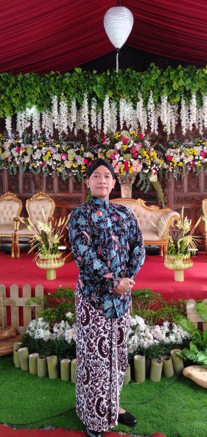 Traditional Wedding acara rumahan by Bagus Priyo Laksono MC - 004