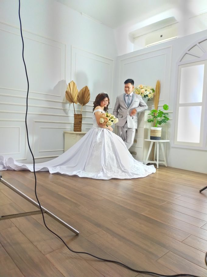 Behind The Scene Prewedding Photo by AMEY CHAN SALON BRIDAL - 001