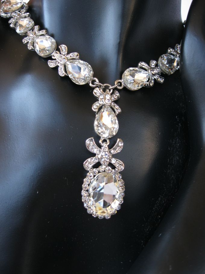 BrIdal Necklaces by Pamela Falli - 006