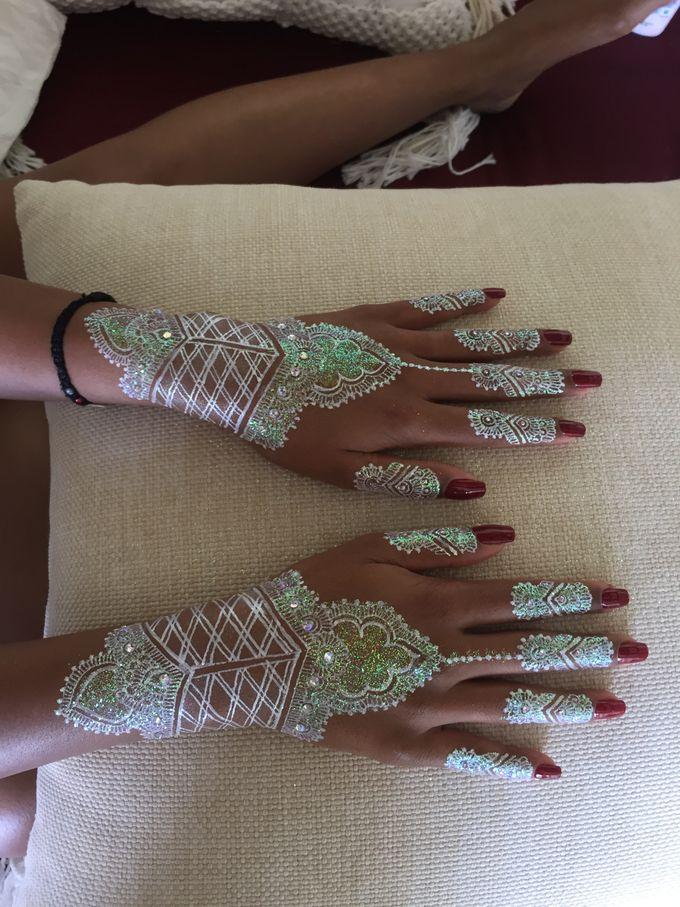 Henna service on Myrin and Sarnia Wedding by Nirvana Henna by Shinta - 007