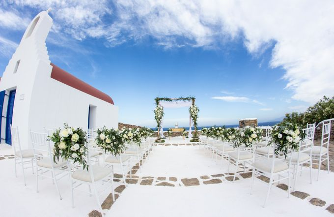 Mykonos wedding in a private villa by Diamond Events - 015