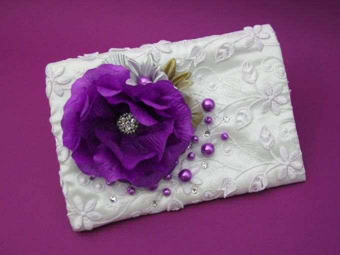 BRIDAL CLUTCHES by Pamela Falli - 037