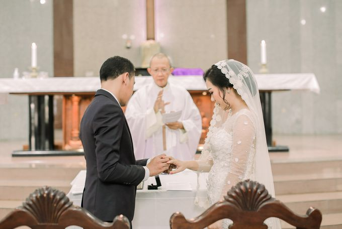 Real intimate wedding on pandemic 2020 MARIA & GALUNG by Kimus Pict - 020