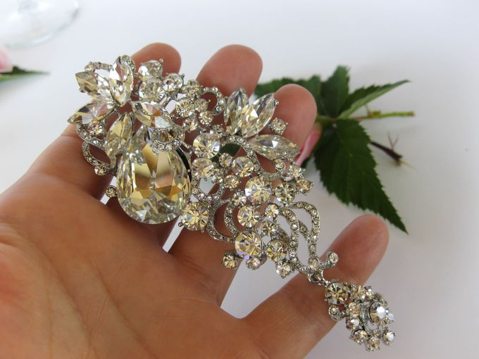 BRIDAL CRISTAL BROCHES by Pamela Falli - 016