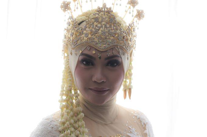 Sunda Siger Hijab by Arum Ndalu Sanggar Rias Pengantin - 001
