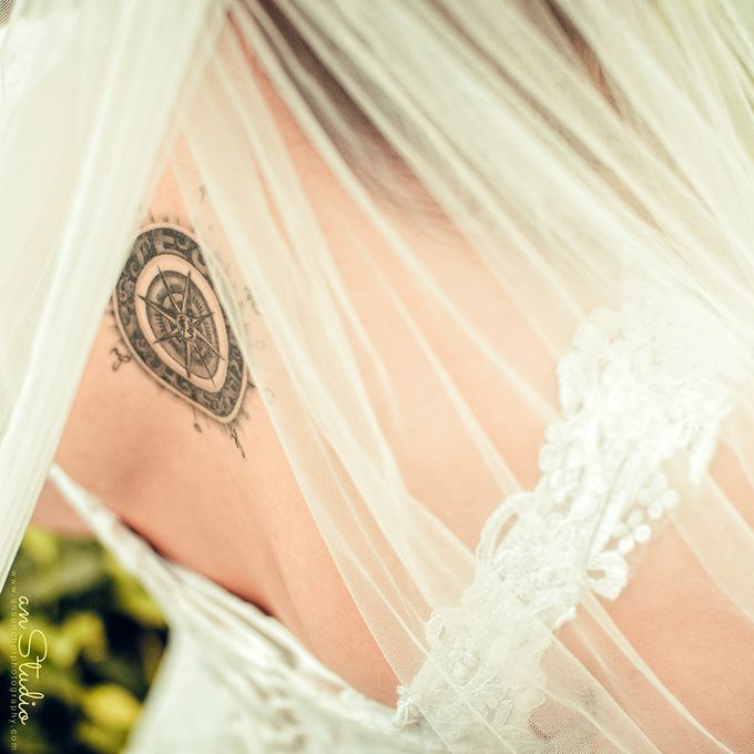Destination Wedding Photography by ABSOLUTE BRIDE - 003