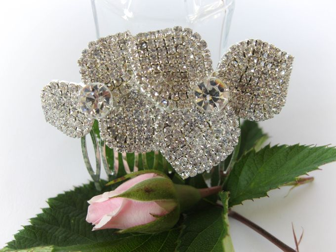 Bridal Hair Comb by Pamela Falli - 006