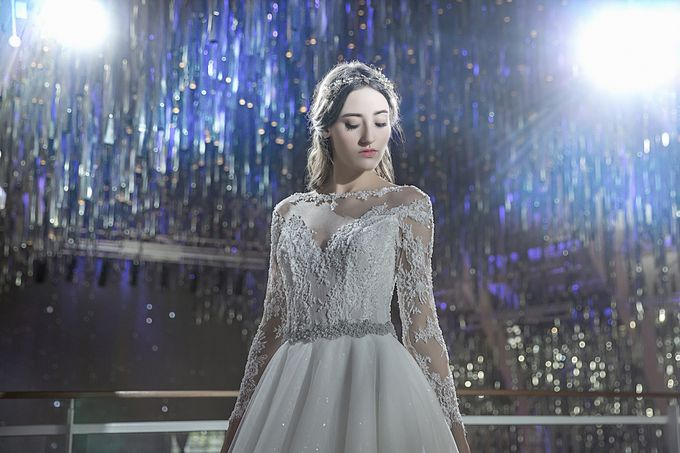 Bridal Gown Collection Luminous by La Belle Couture Weddings Pte Ltd - 003