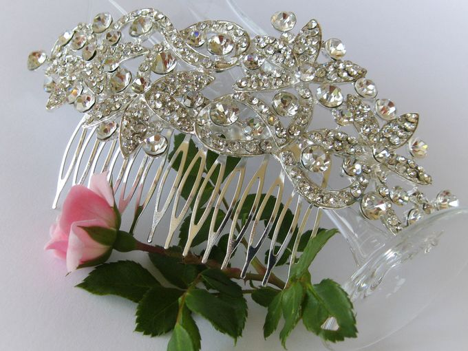 Bridal Hair Comb by Pamela Falli - 016