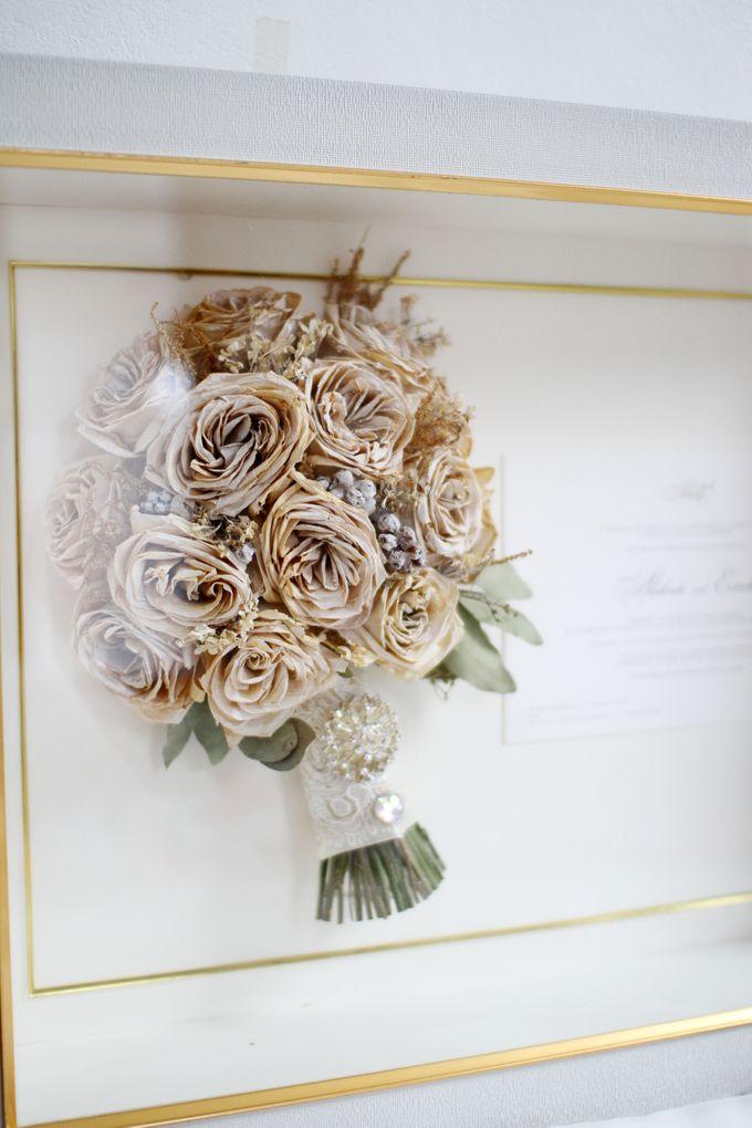 Classic Wedding by Teddy Manuel by Camila V Flower Preservation Studio - 001