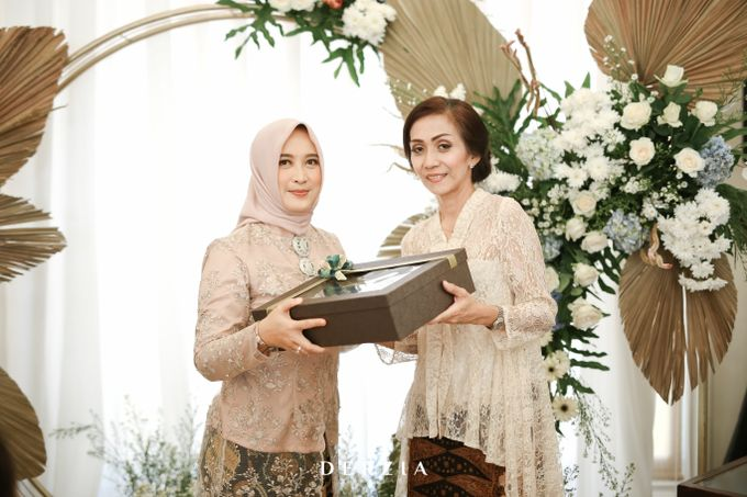 The Engagement of Febby & Rama by DIY Planner - 006