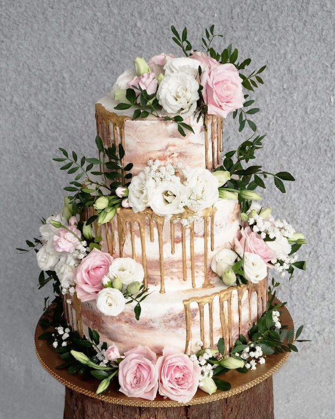 Three Tiered Rustic with Flower Combination and Gold by KAIA Cakes & Co. - 001