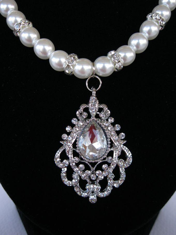 BrIdal Necklaces by Pamela Falli - 004