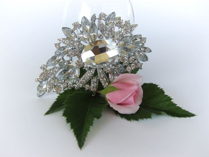BRIDAL CRISTAL BROCHES by Pamela Falli - 007