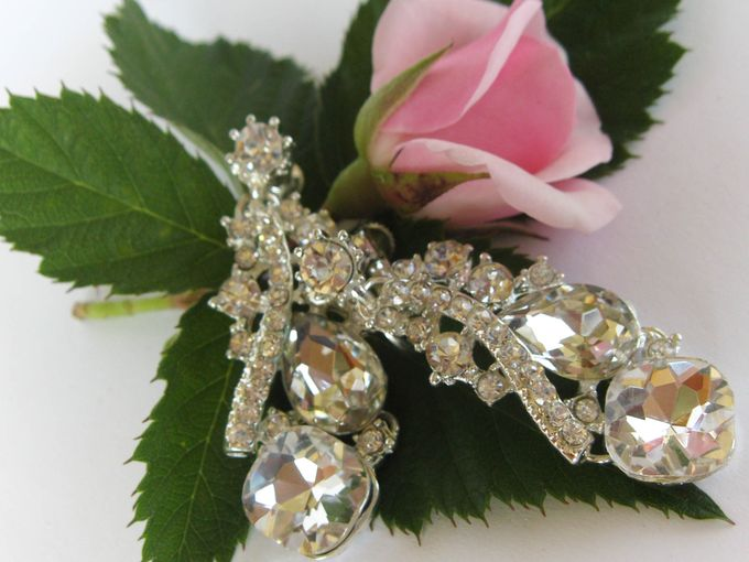 BrIdal Jewelry-Bridal Earrings by Pamela Falli - 001