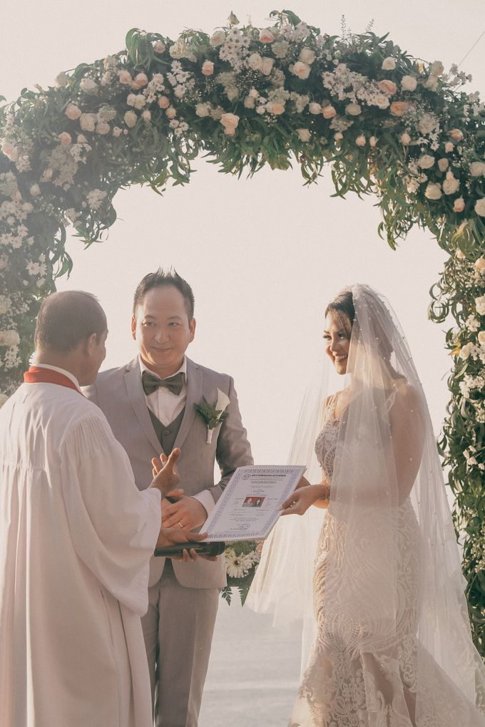 The Wedding Of Ryan & Utha by ANGELIA WARDROBE - 008