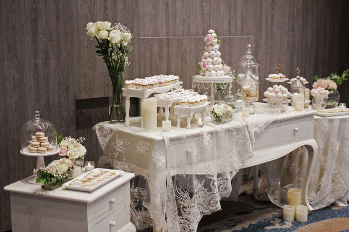 Romantic Dessert Table by Gordon Blue Cake - 011