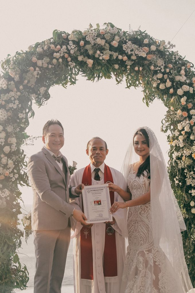 The Wedding Of Ryan & Utha by ANGELIA WARDROBE - 006