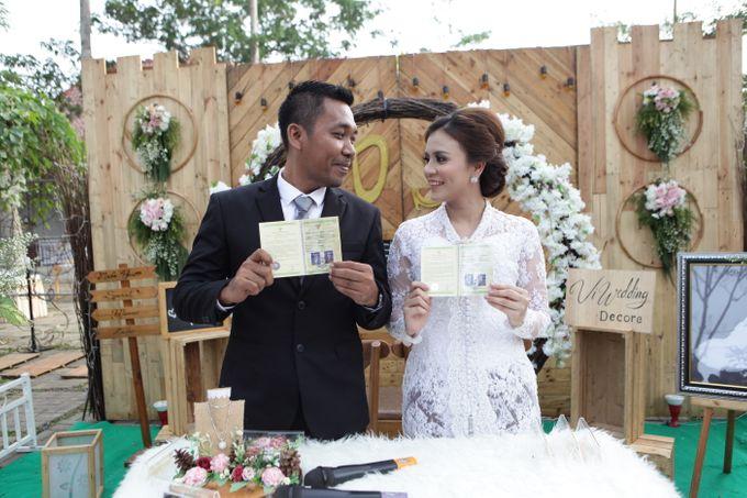 The Wedding of Supri & Delvi ❤️ by Favor Brides - 023