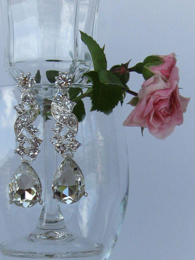 BrIdal Jewelry-Bridal Earrings by Pamela Falli - 003