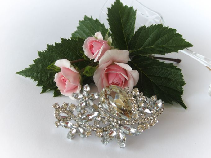 BRIDAL CRISTAL BROCHES by Pamela Falli - 006