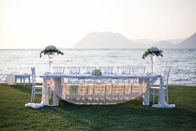 Beach wedding by Diamond Events - 002
