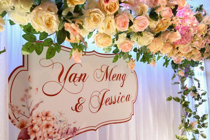 Blush Pink & Glamorous Gold Wedding by Glitz&Glam Studiobooth - 005