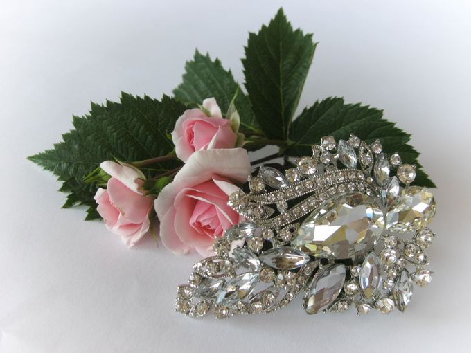 BRIDAL CRISTAL BROCHES by Pamela Falli - 013
