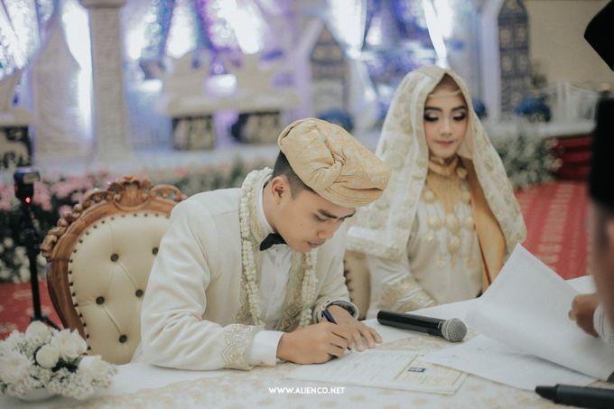 The Wedding Of Fara & Alief by alienco photography - 001