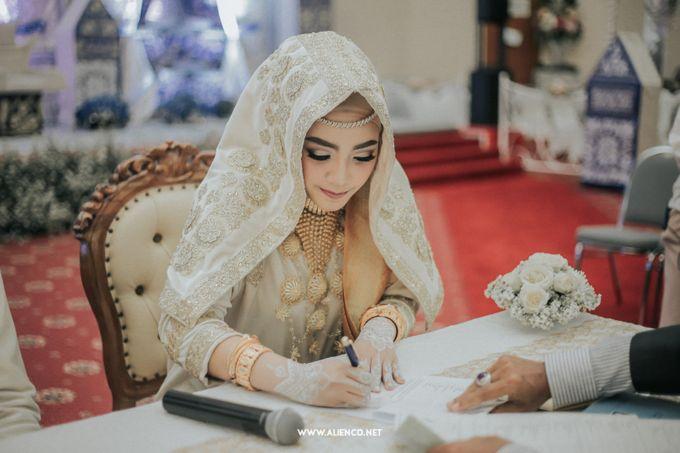 The Wedding Of Fara & Alief by alienco photography - 002