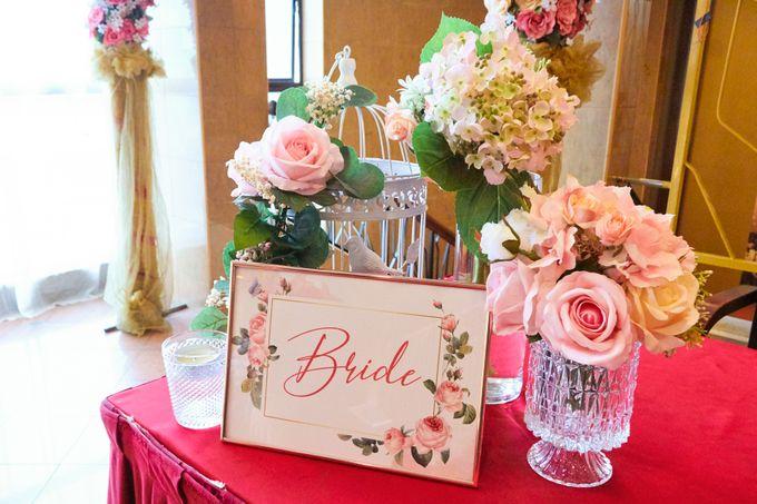 Blush Pink & Glamorous Gold Wedding by Glitz&Glam Studiobooth - 001