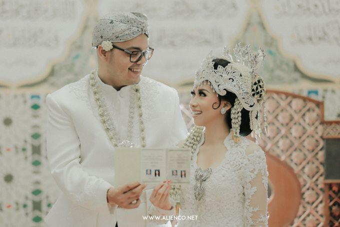 Traditional Wedding Kania & Radit by alienco photography - 020