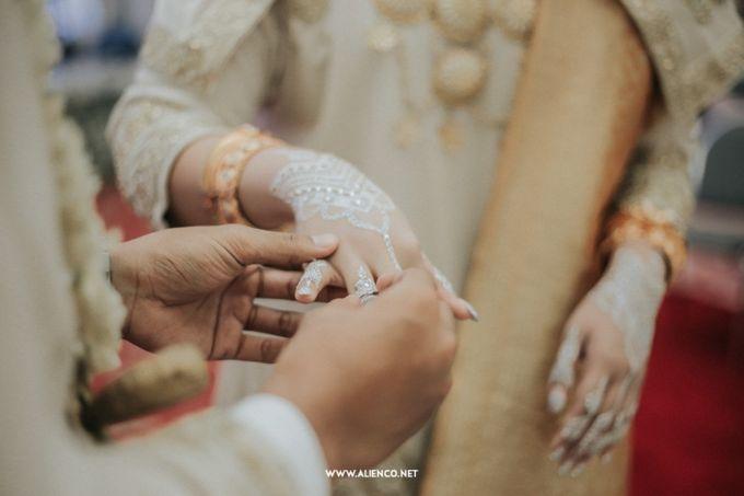 The Wedding Of Fara & Alief by alienco photography - 003
