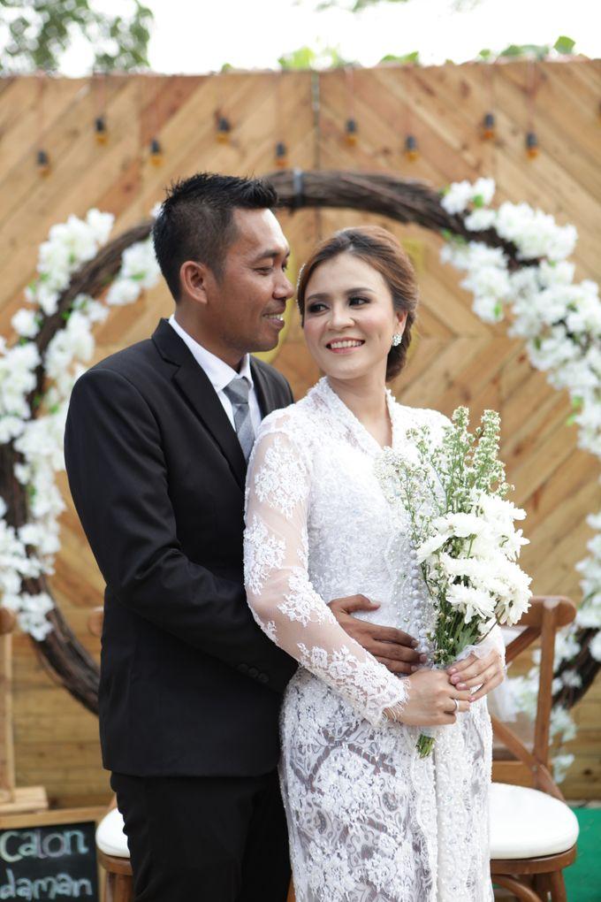 The Wedding of Supri & Delvi ❤️ by Favor Brides - 015