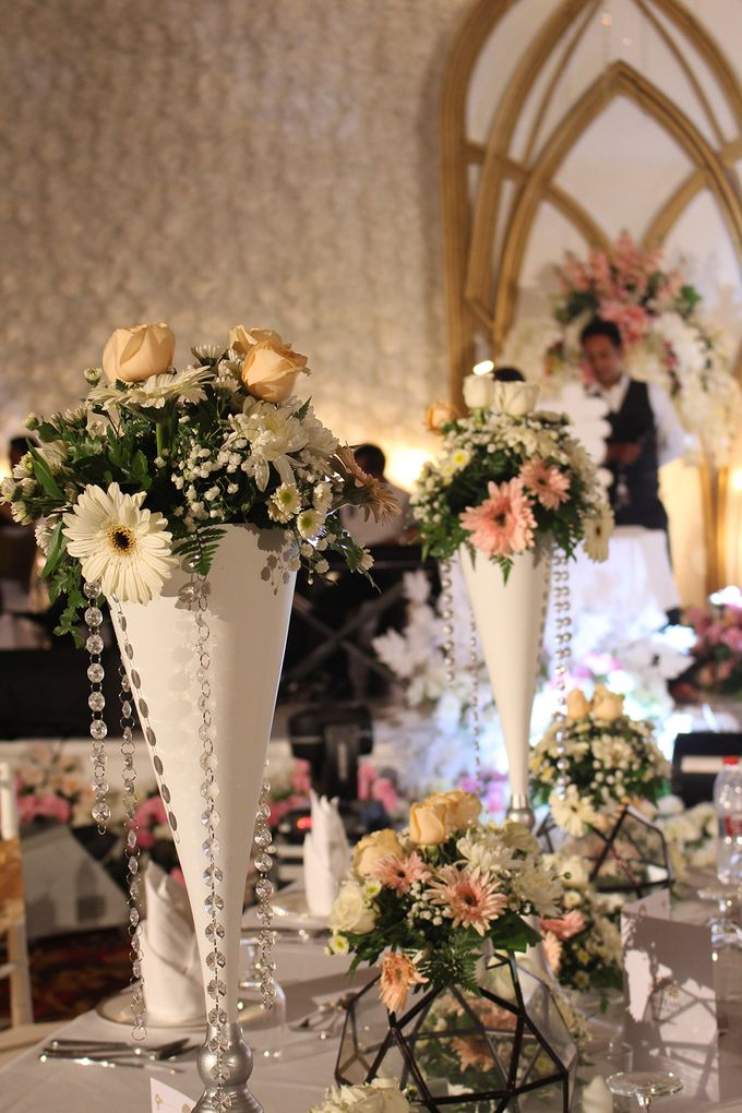 The Wedding of Hans & Cynthia by The Trans Resort Bali - 006