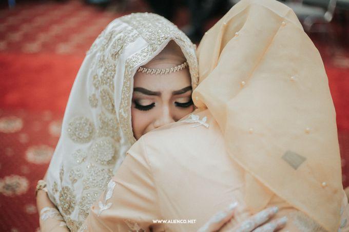The Wedding Of Fara & Alief by alienco photography - 004