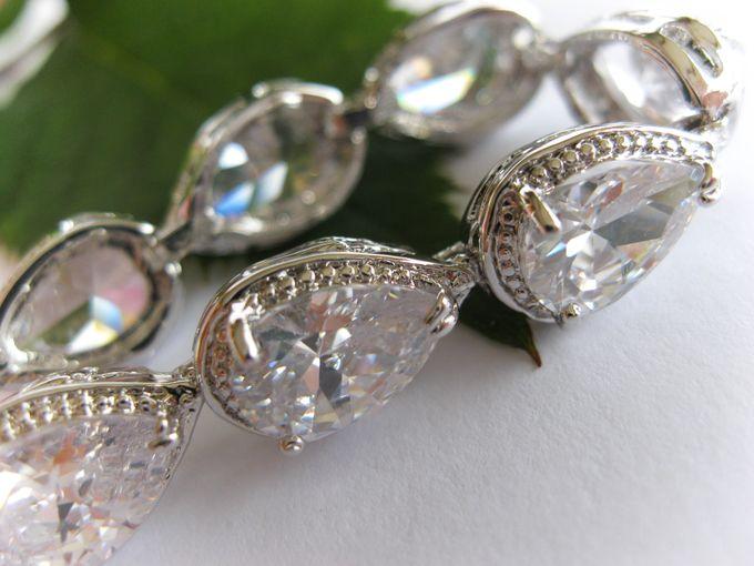 Bridal Bracelets by Pamela Falli - 012