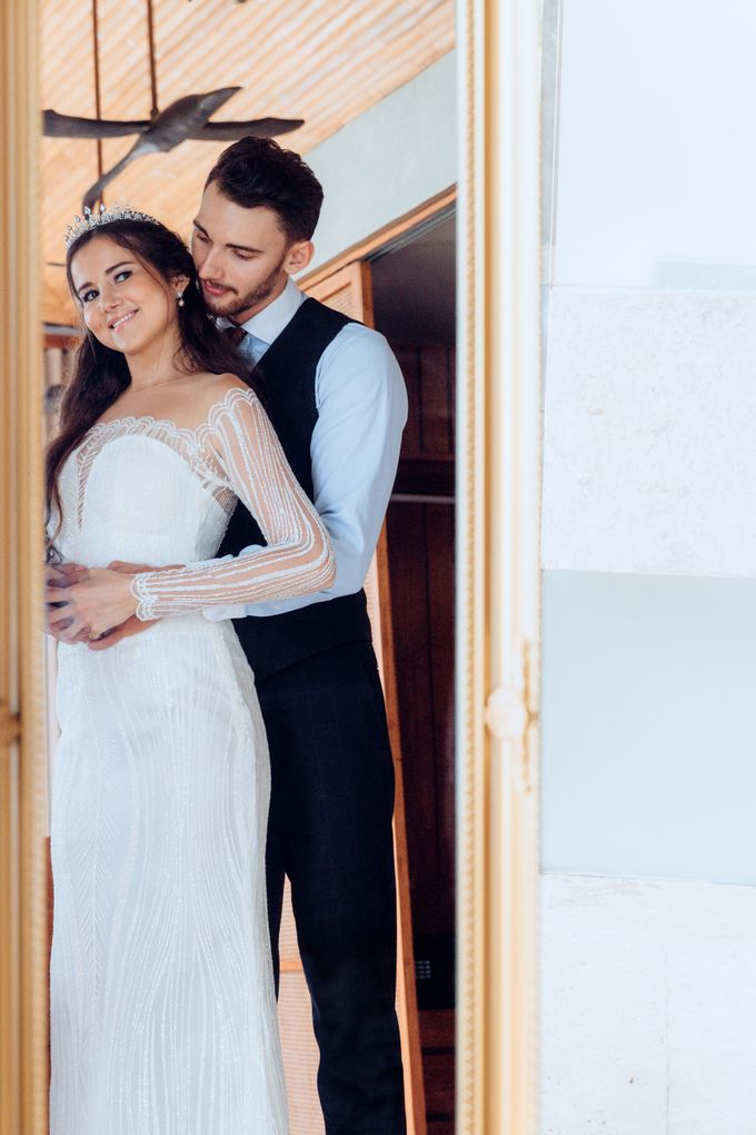 The wedding photoshoot by models by Villa Vedas - 005