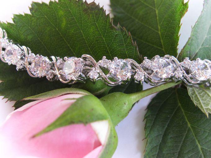 Bridal Bracelets by Pamela Falli - 009