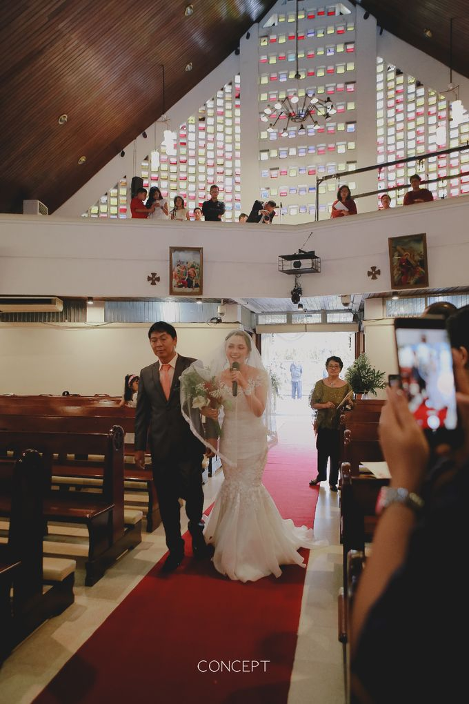The right way to walk down the aisle by Ivone sulistia - 007