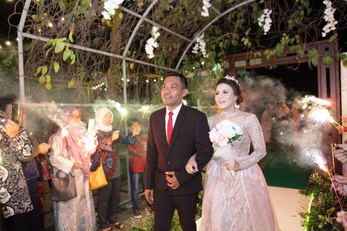 The Wedding of Supri & Delvi ❤️ by Favor Brides - 029