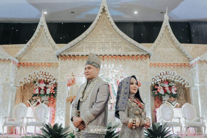 PURI ARDHYA GARINI WEDDING OF NIA & AFFAN by alienco photography - 030