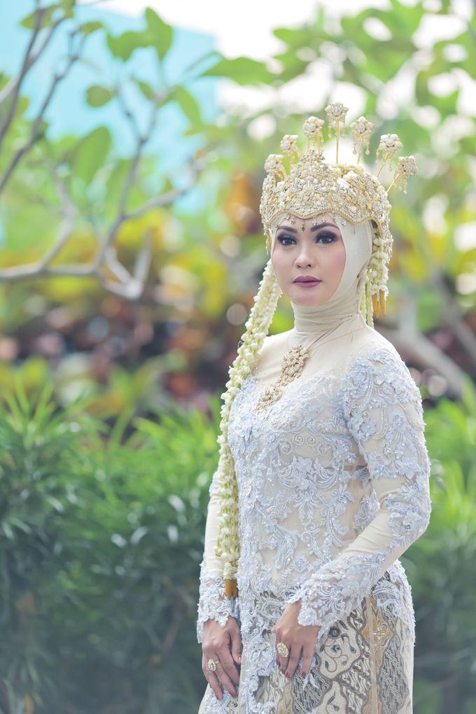 Sunda Hijab Siger by Arum Ndalu Sanggar Rias Pengantin - 002